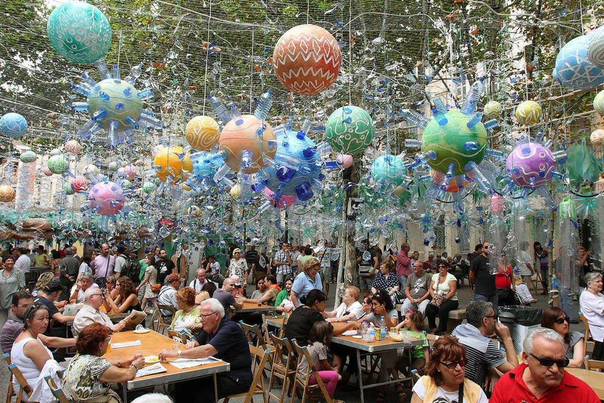 Festa-Major-Gracia_barcelona-in-august-pickapictour