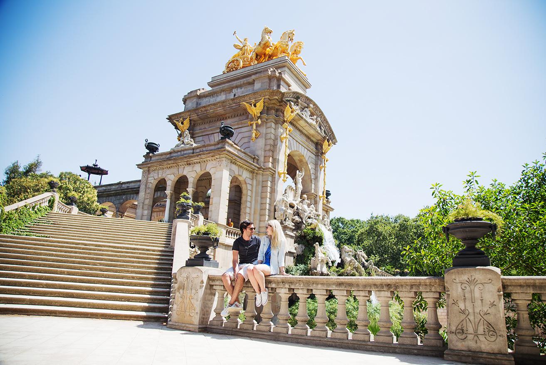 couple-vacation-photoshoot-barcelona-photoshoot-pickapictour