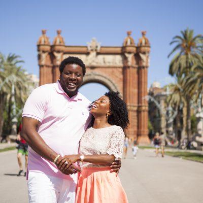 romantic-vacation-photos-barcelona-photoshoot-pickapictour